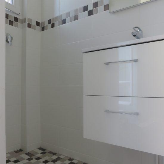 Renovation-Petite-salle-de-bain-versailles-Cotetravaux
